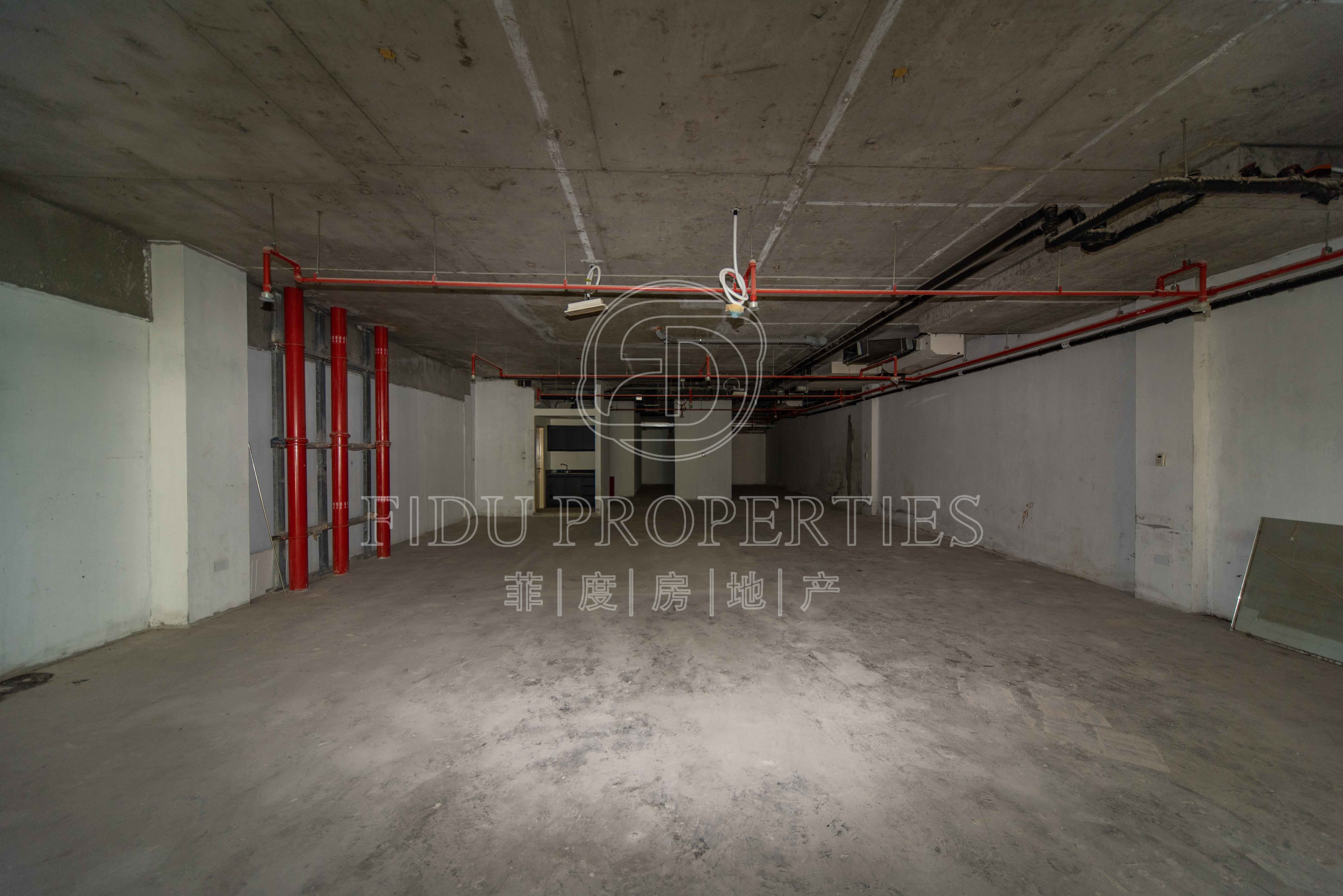 Semi fitted | Full lake view |...