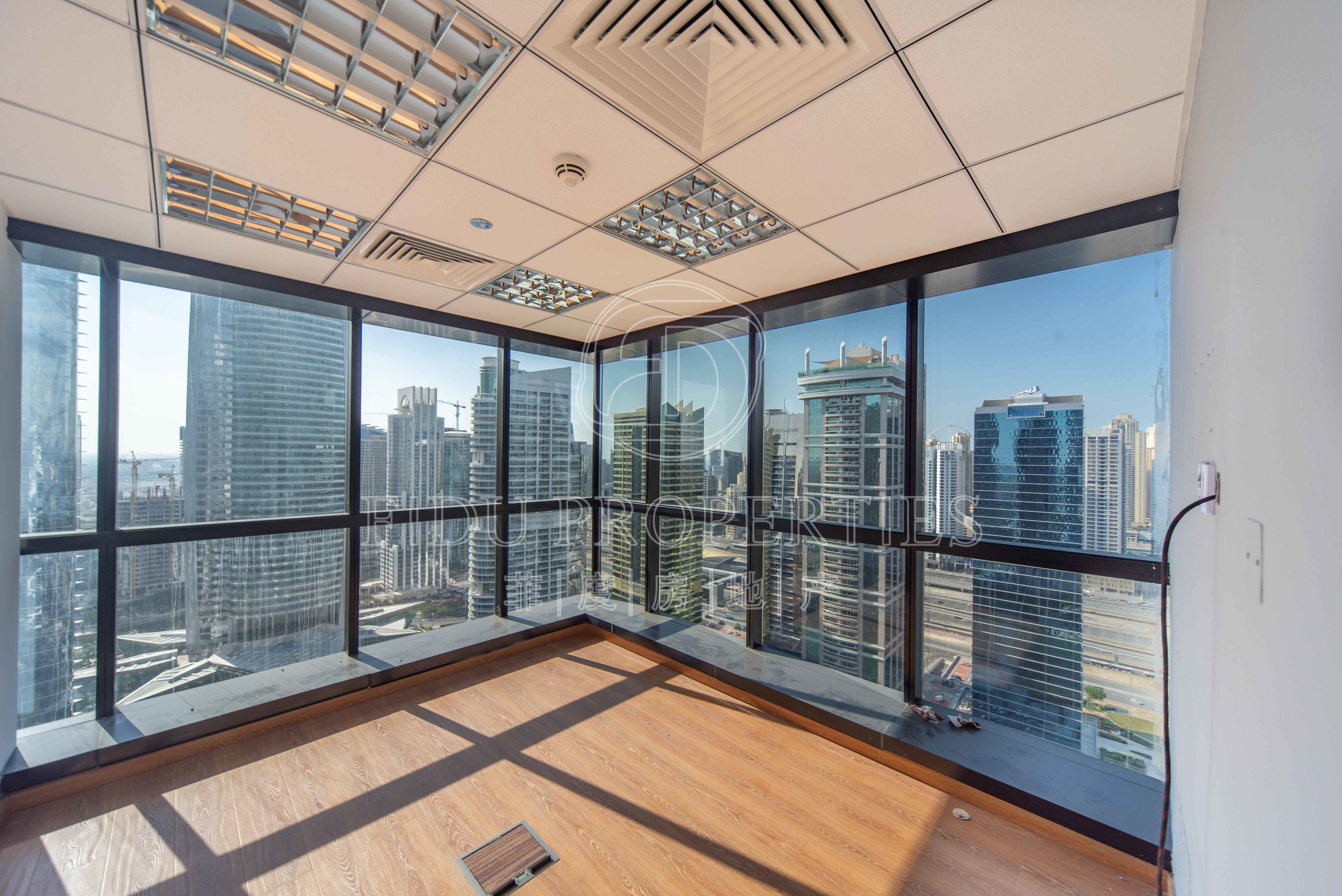 High Floor | 4 Parkings | Fitt...