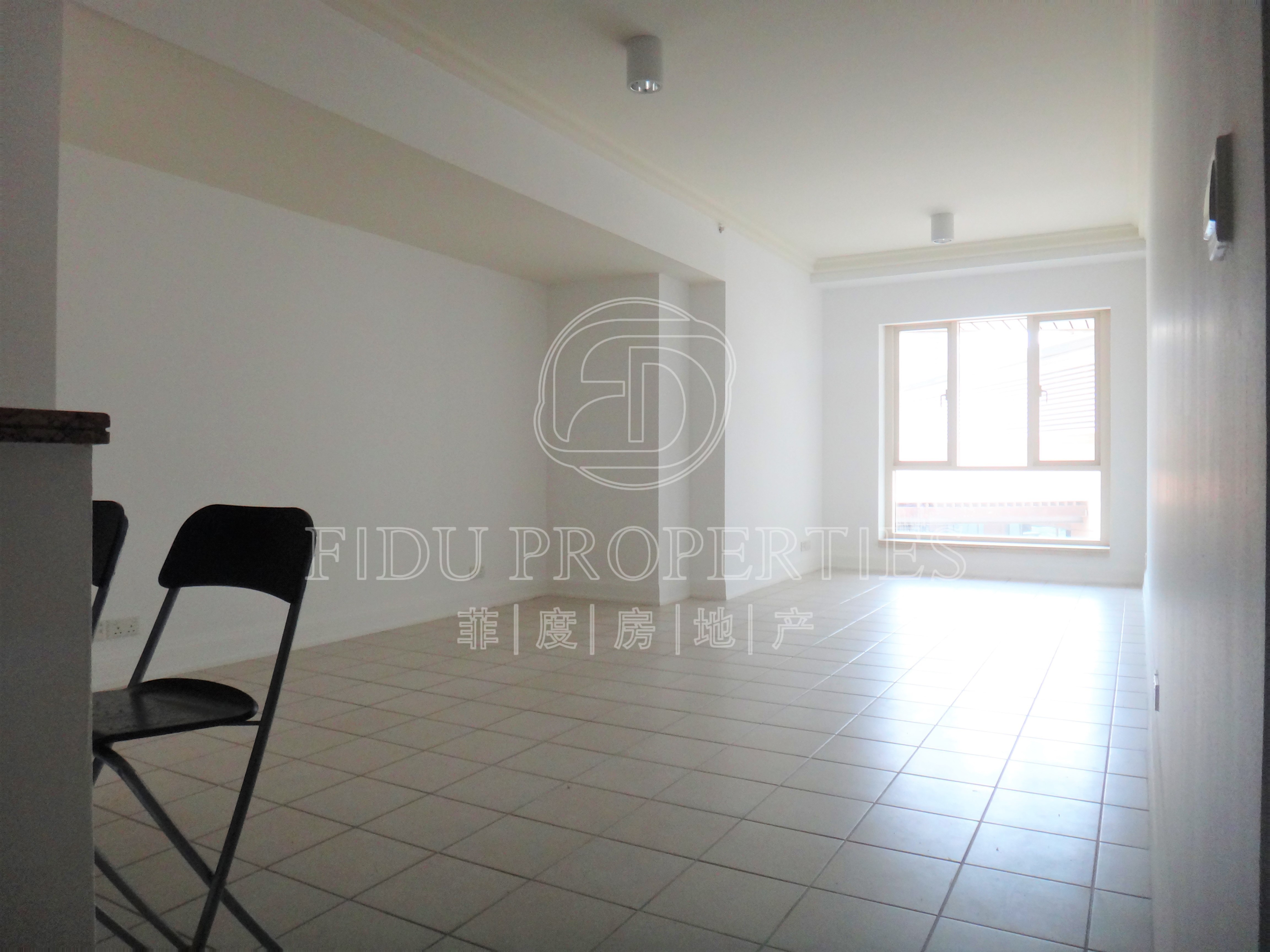 X-Large 1 Bed + Study | Low fl...