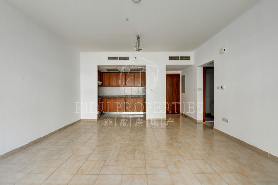 Large 1 Bed | Garden View | 2 ...