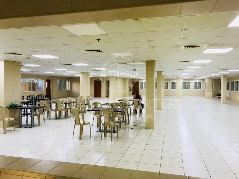 4 persons capacity   25 rooms ...