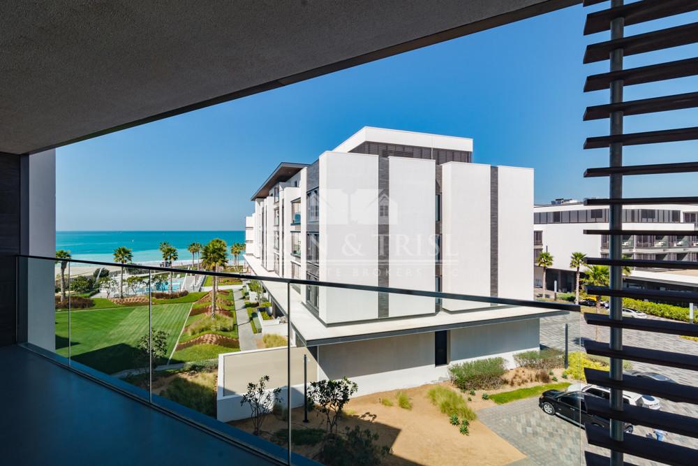Brand New Unit I Sea View I Beach Access I Vacant