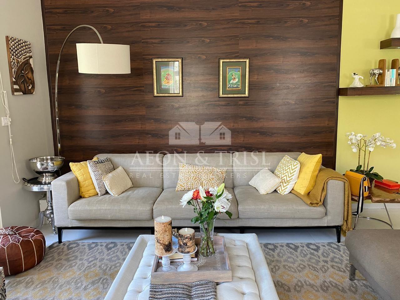 Cozy Corner Unit 3 Bedroom plus Maid Semi upgraded