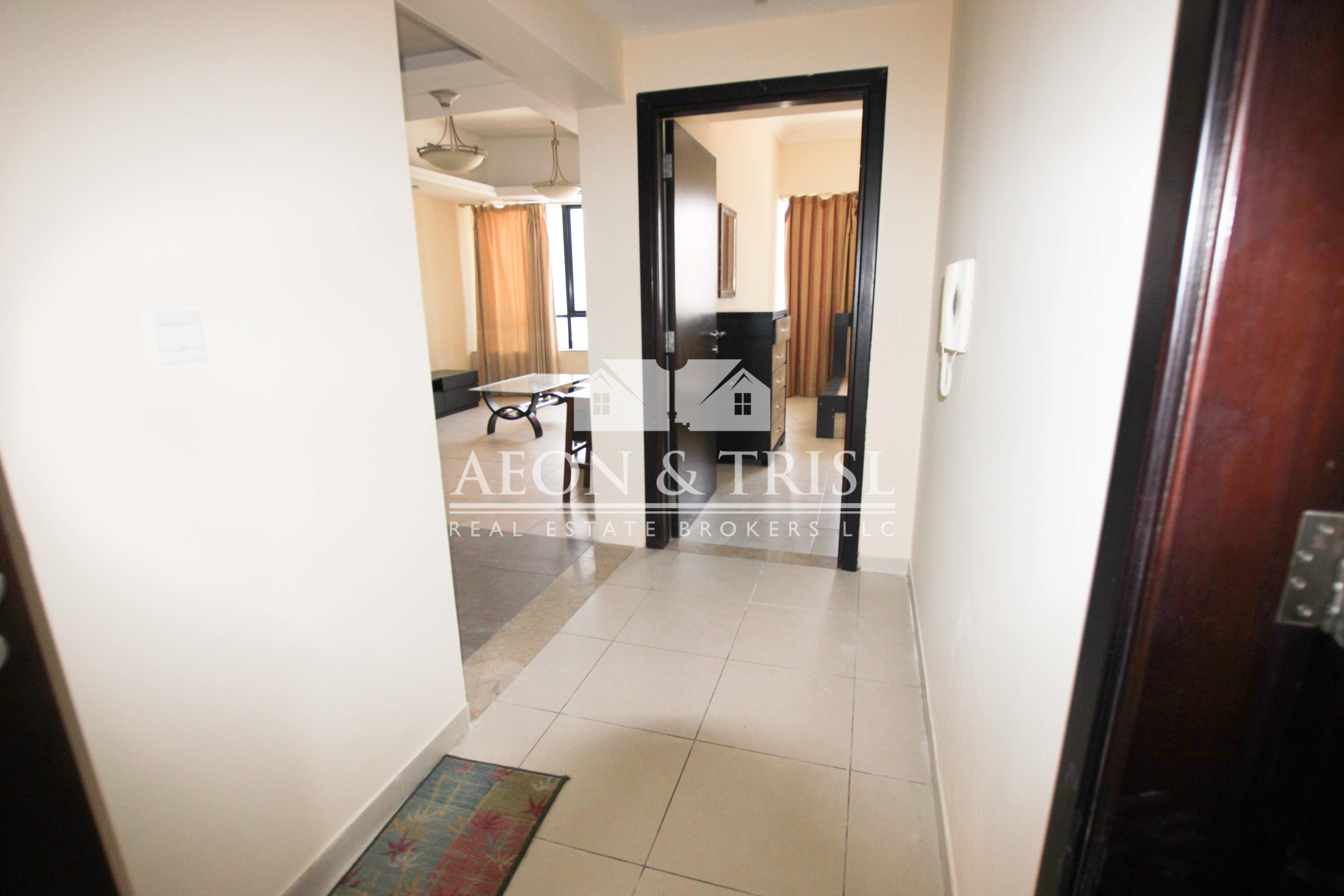 Furnished I No Balcony I Middle Floor I Clean unit