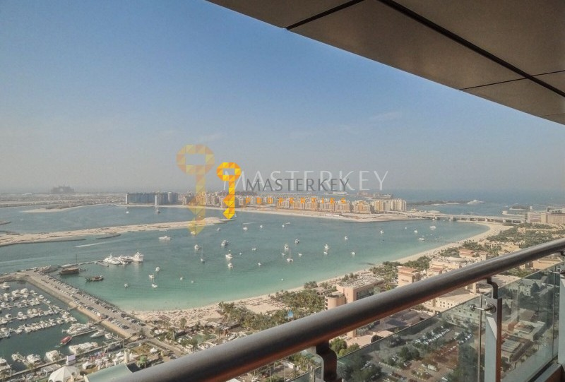Bright Apt with the Full Palm and Sea View