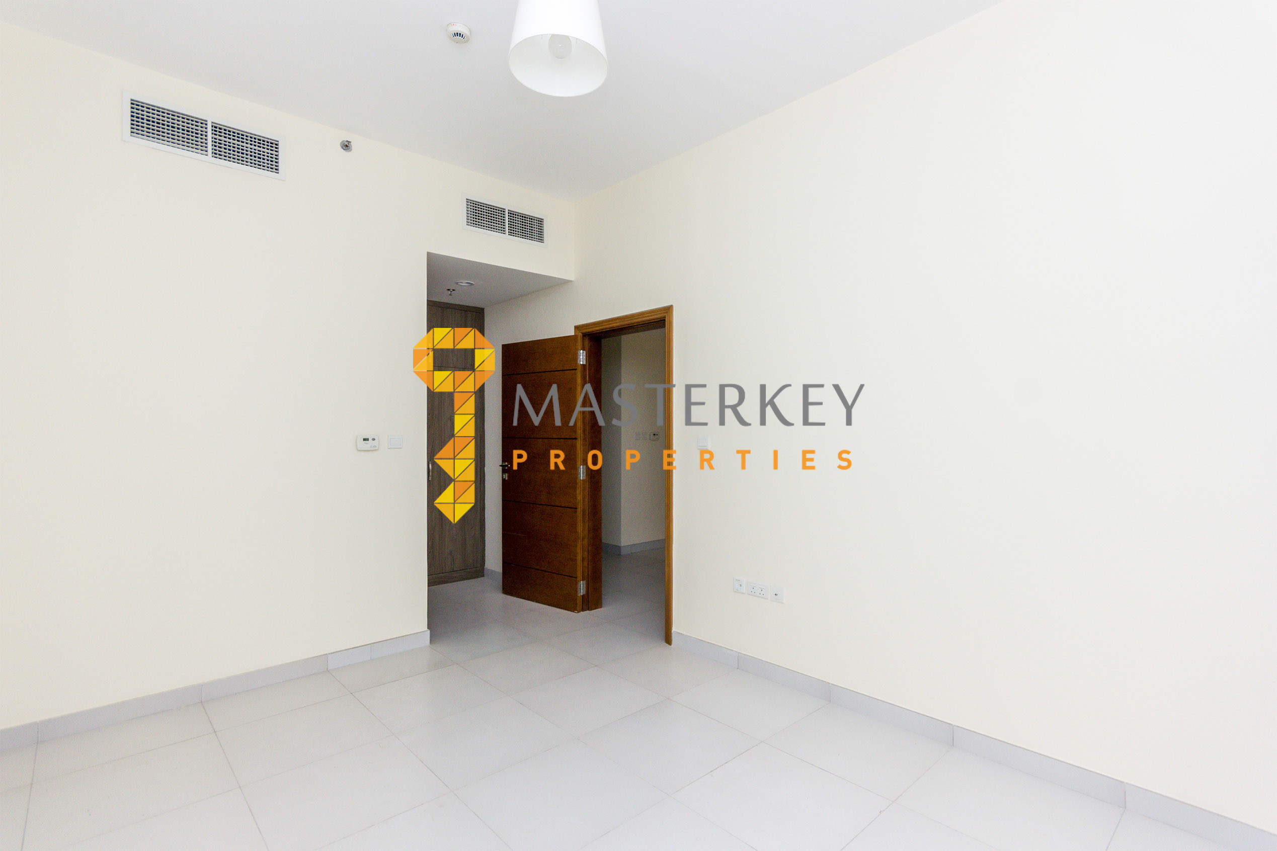 Spacious 1 Br+2 Bath with Huge Terrace |Low Rent