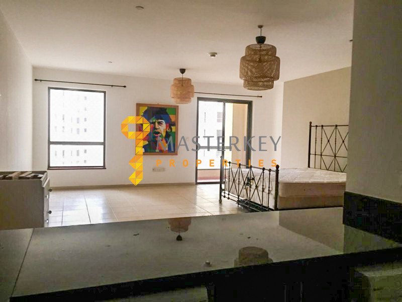 Bright Studio with Spacious Layout in JBR