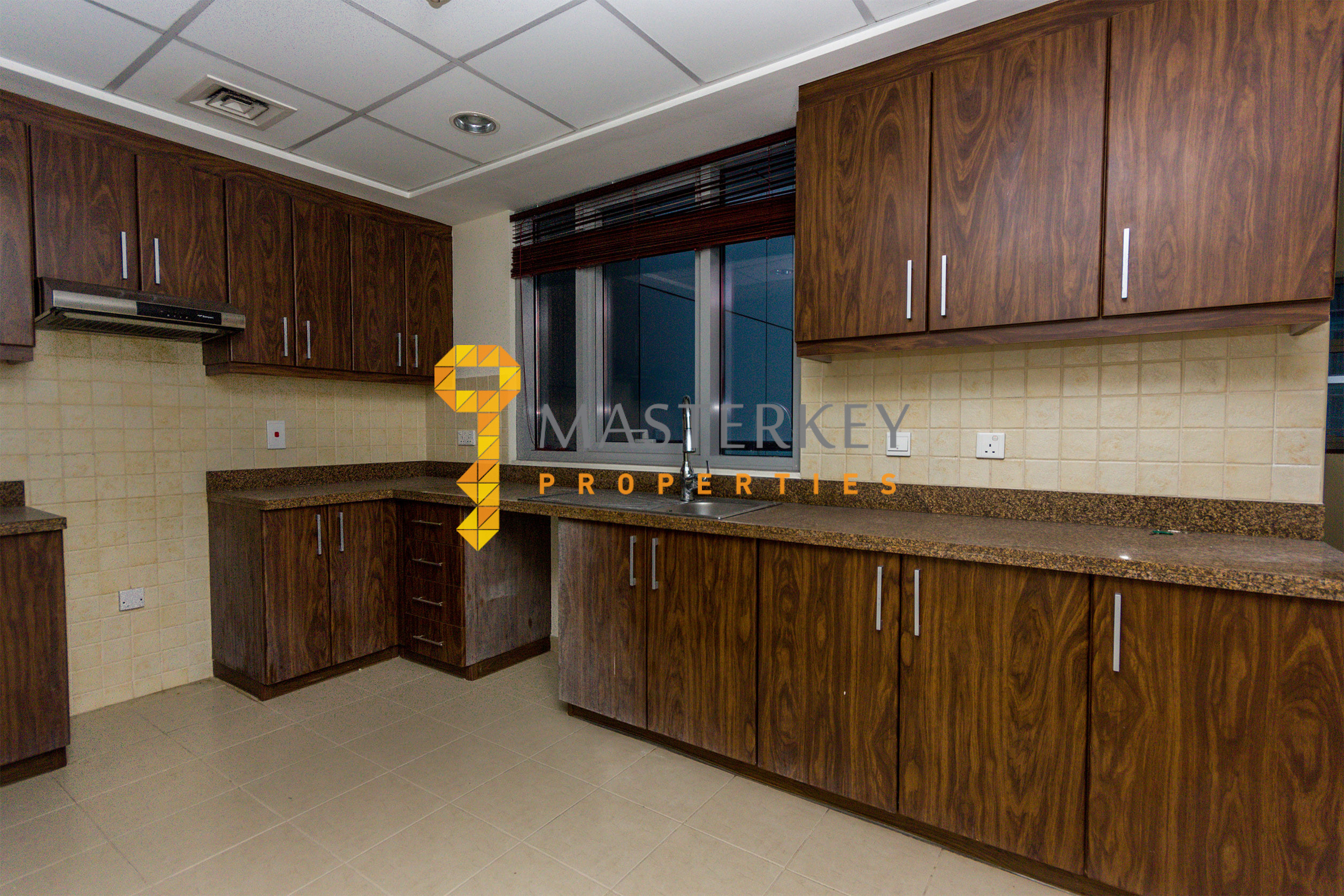 Best Exclusive Apt|City View from Balcony