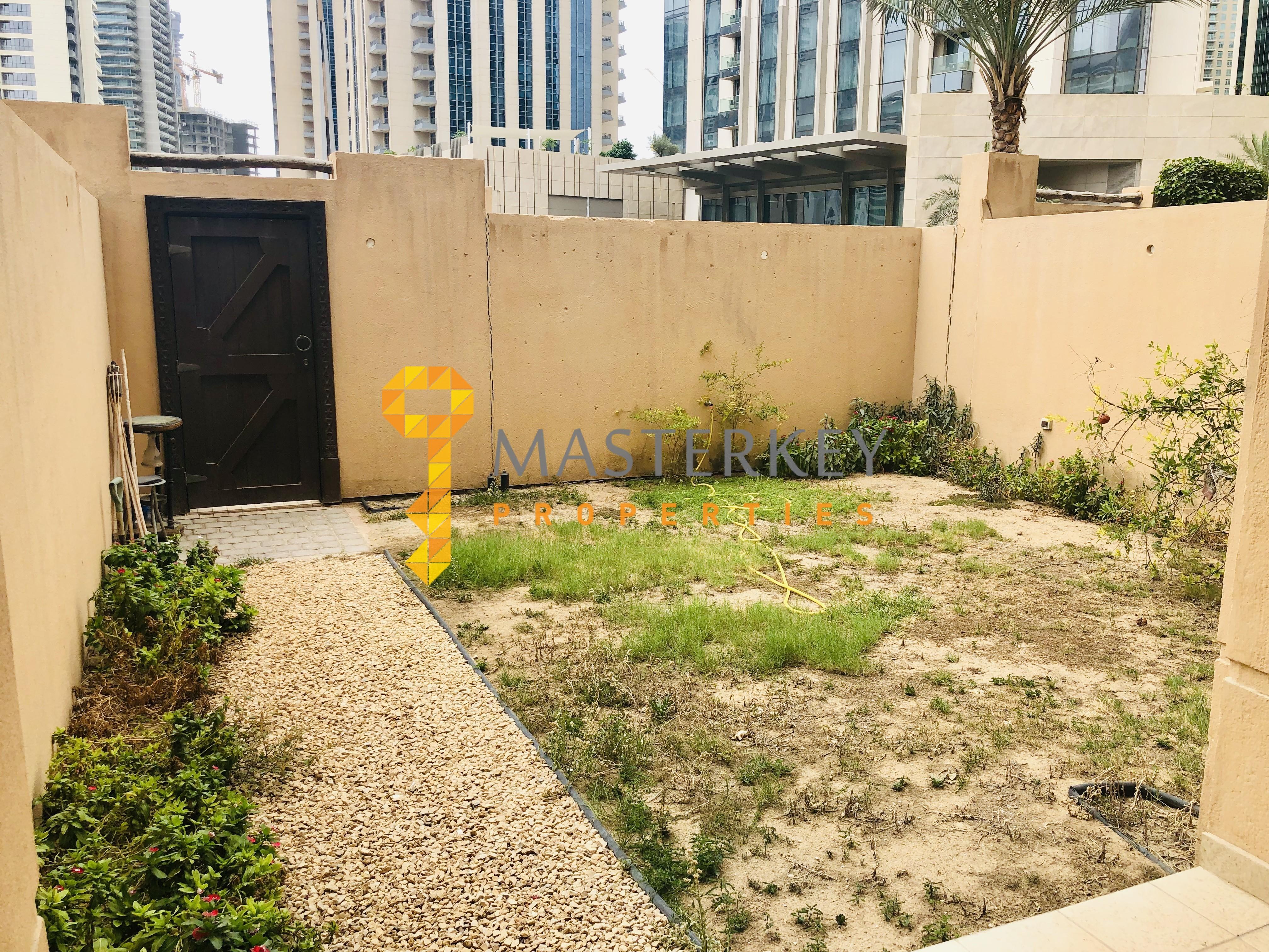Private Garden and views of Burj Khalifa