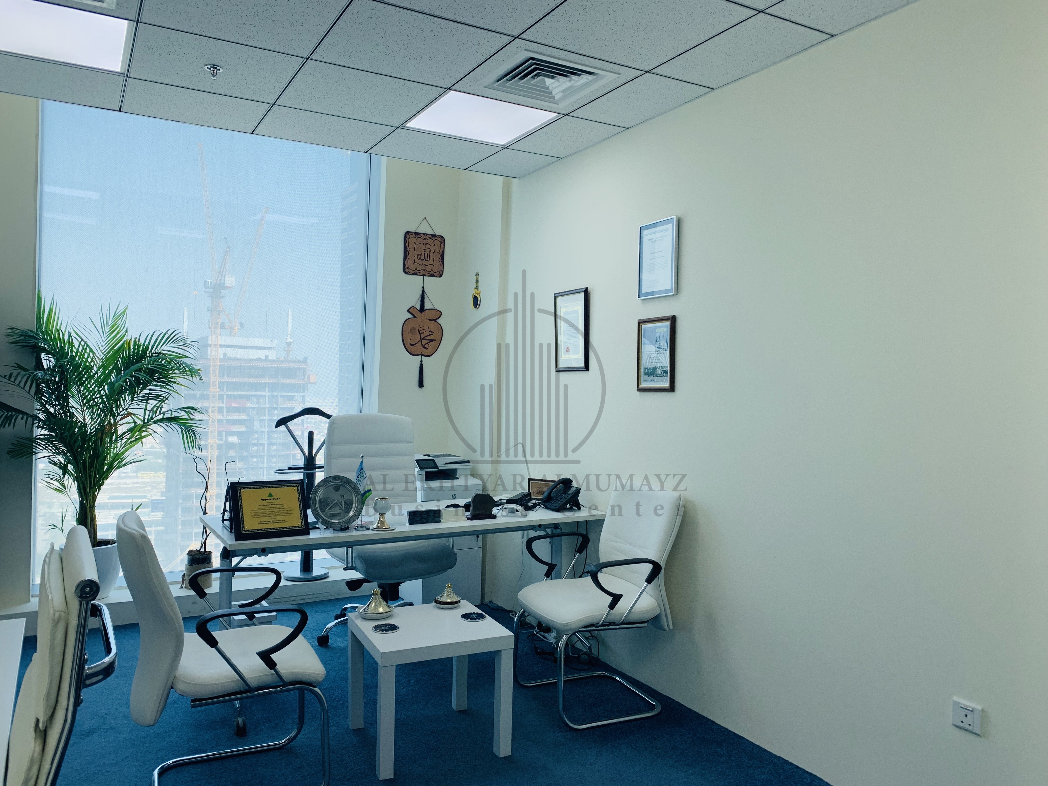 furnished-service-office-good-ambience