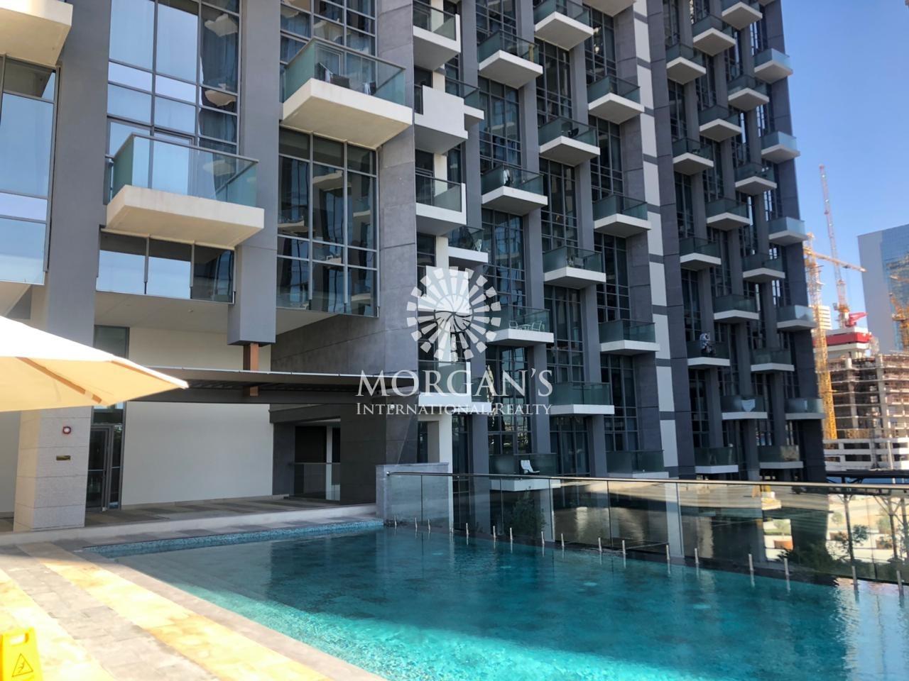 Luxury 2BR | Lake and Burj Khalifa View