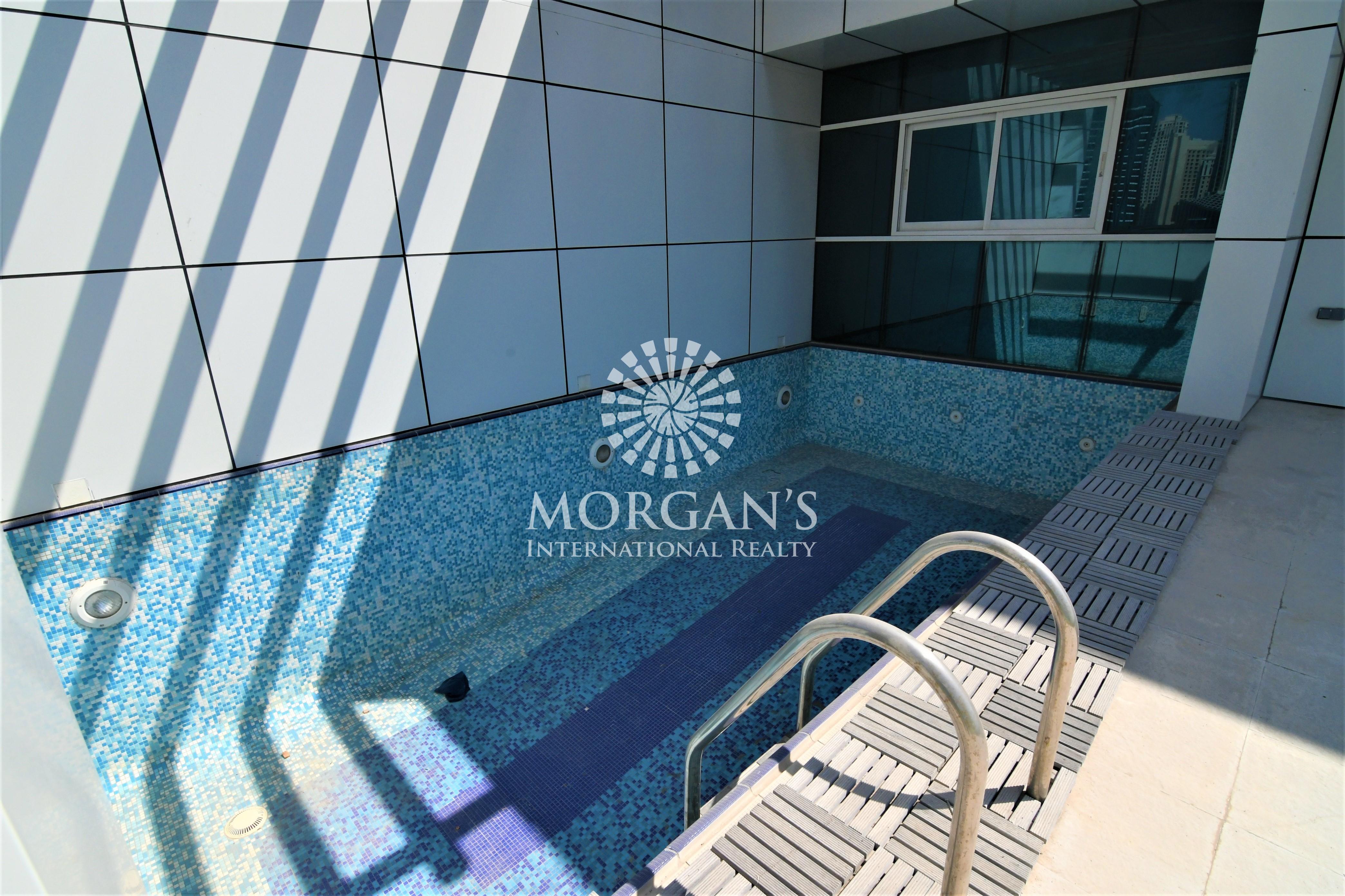 Marina View / Privet Pool / Large Size