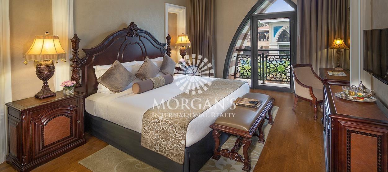 Exotic Villa in Jumeirah Zabeel Saray