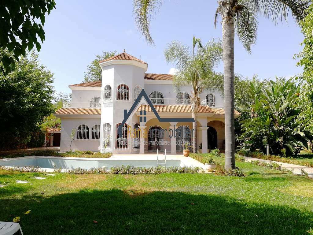 Vente <strong>Villa</strong> Rabat Souissi <strong>2400 m2</strong>