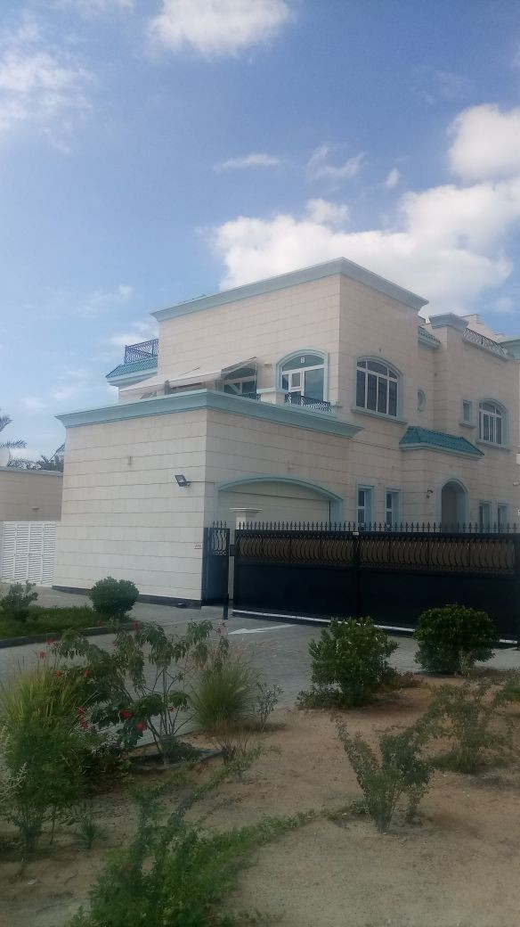 5-bedrooms-villa-for-rent-inumm-suqeim-2