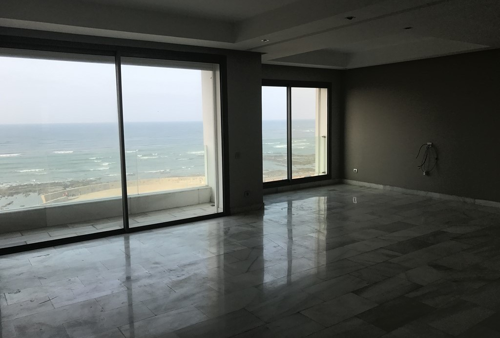 Location <strong>Appartement</strong> Casablanca Ain Diab <strong>160 m2</strong>