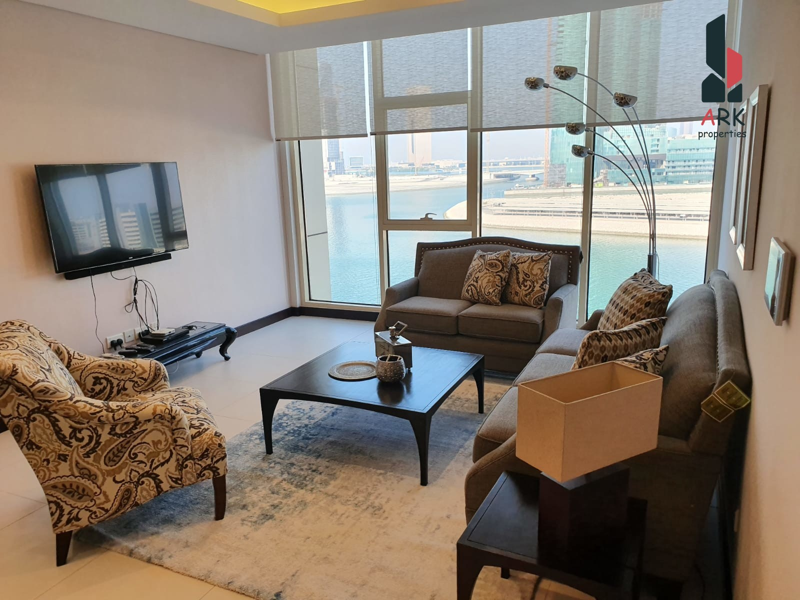 Bright Modern Fully Furnished w/ Sea View for Sale