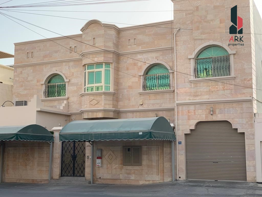 Great Investment Luxury Villa for sale in Riffa