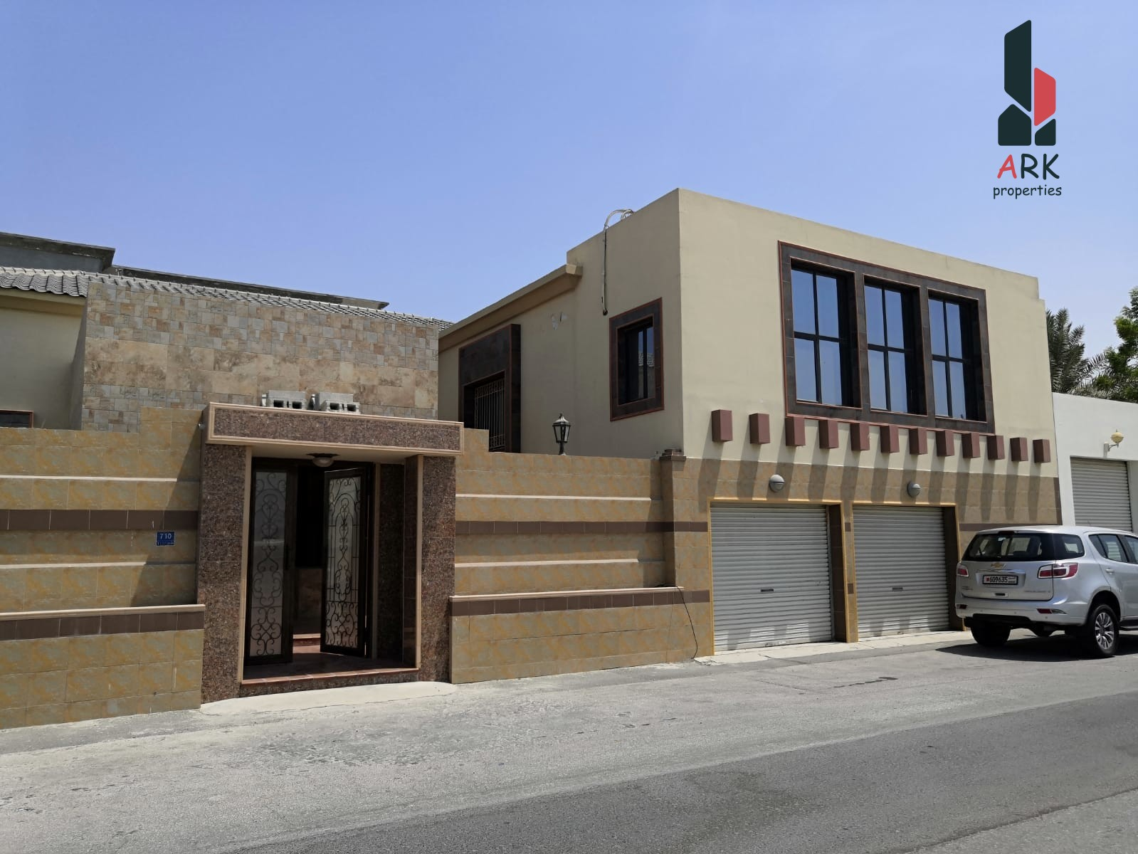 Unbelievable Hot Deal Huge Villa for Sale in Tubli