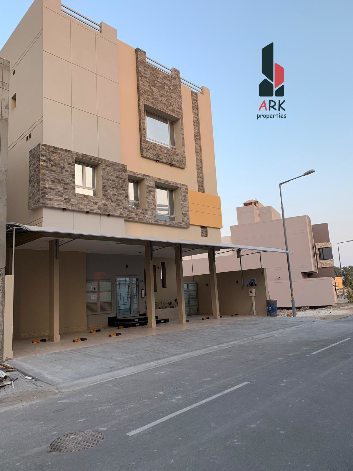 Amazing and New Deluxe apartment in Bu Quwah
