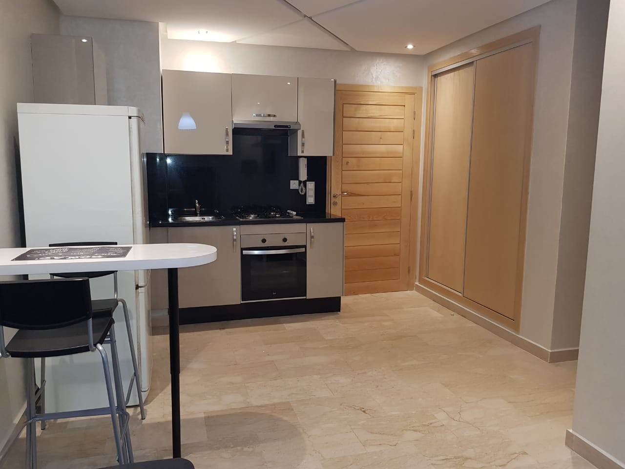 Location <strong>Appartement</strong> Casablanca Roches Noires <strong>37 m2</strong>