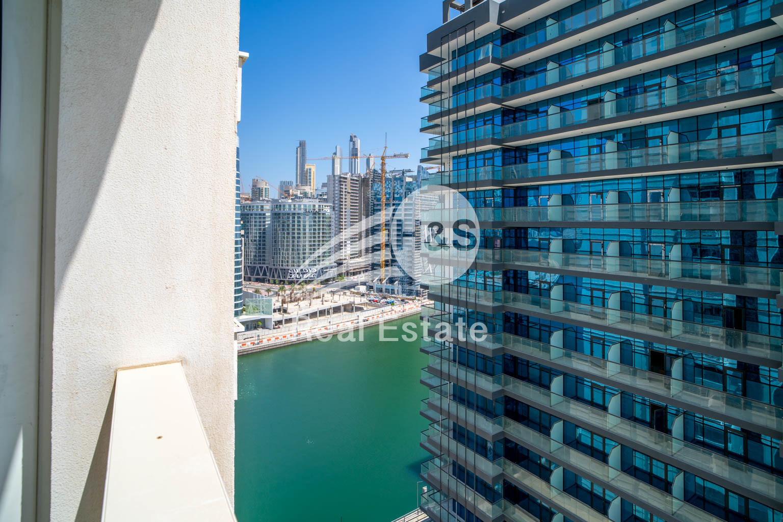 Rented 1 Bed I Canal View I High Floor