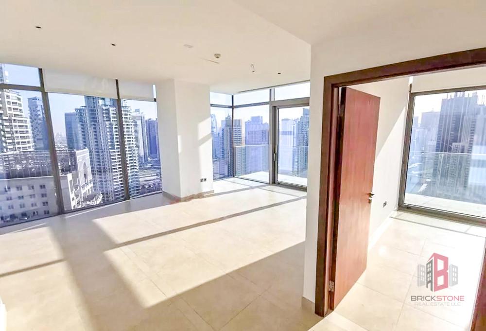 Stunning Apartment   Full Marina View  Rare Layout