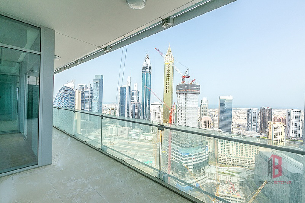 Full Sea and DIFC View I High Floor I Give Offer