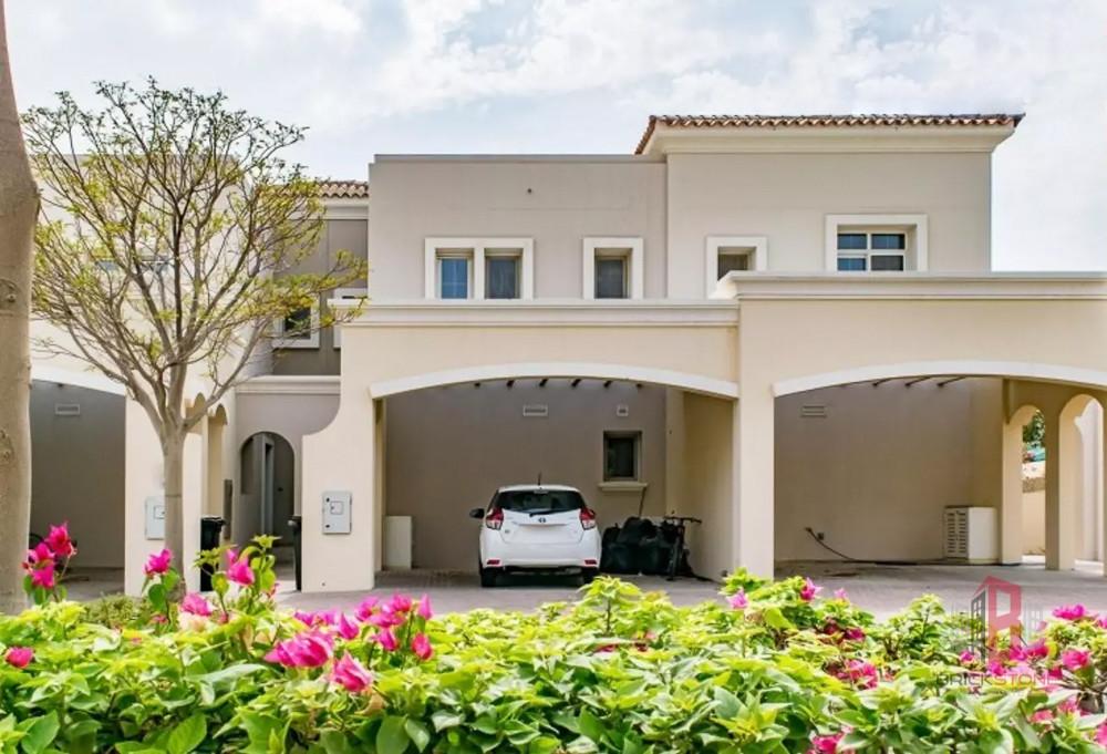 Upgraded 4 Bedroom plus Maids Villa | Vacant