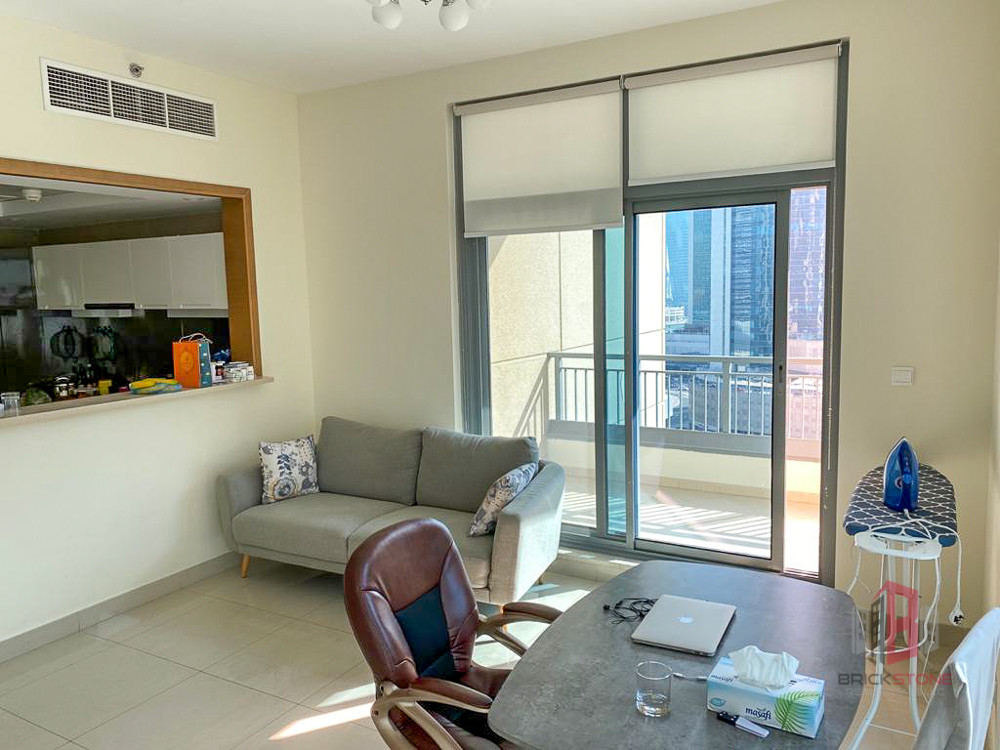 Great Layout 1 Bedroom | Unfurnished | Vacant