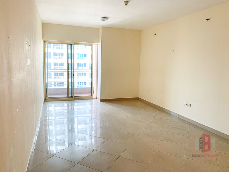 Large 2BR Maids Storage Golf Course view |Tenanted