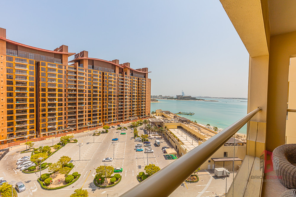 Furnished 1 BR Partial Sea view | Beach Access