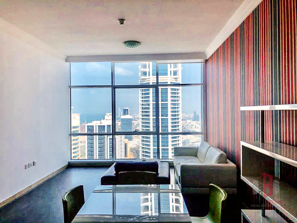 Partial Sea View | Upgraded | Semi Furnished