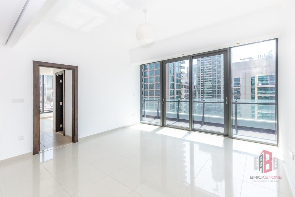 Modern 1BR | Peaceful views | Near Marina Mall