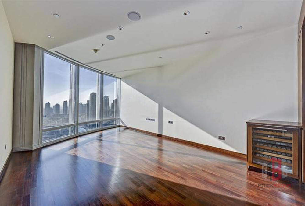 1BR | Full Fountain View | Armani Lobby Entrance