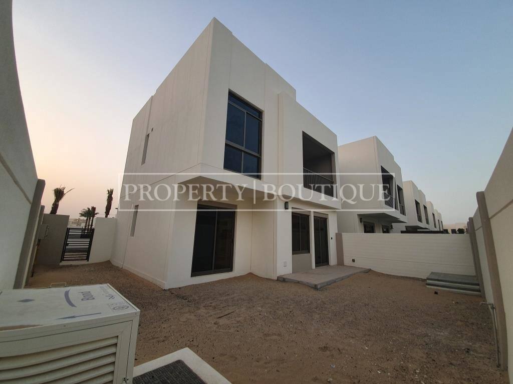 brand-new-4-bed-type-4-close-to-the-pool