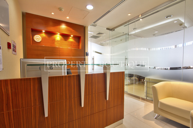 beautifully-furnished-office-in-silver-tower-jlt