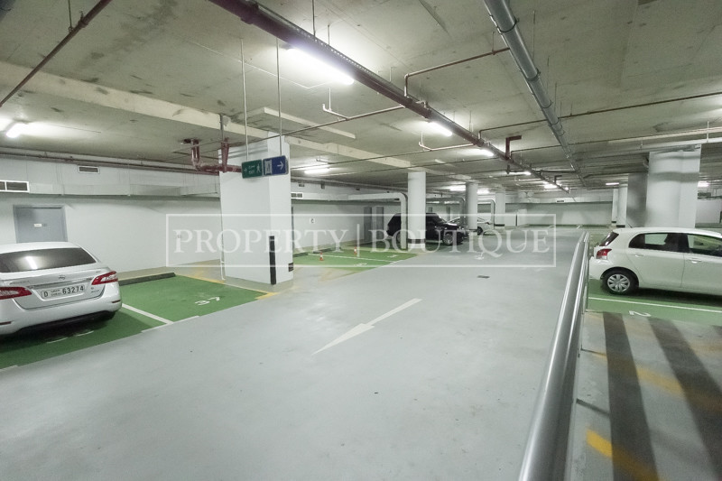 Prime Retail in Barsha | Excellent visibility