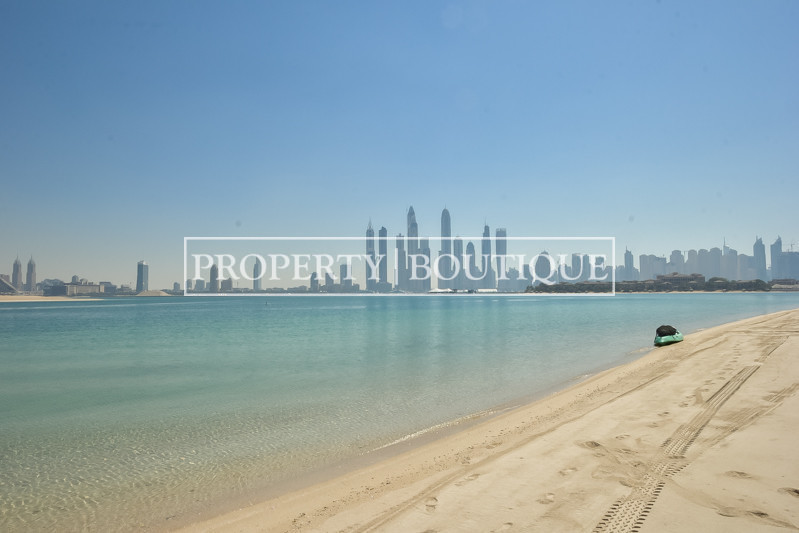high-number-4-bed-grand-foyer-marina-views