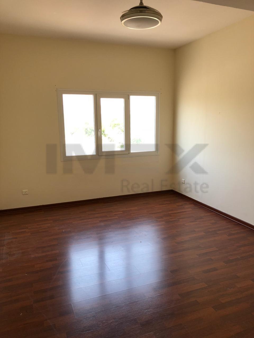 6bedroomsmaid-room-vacant-villa-in-type-9-meadows