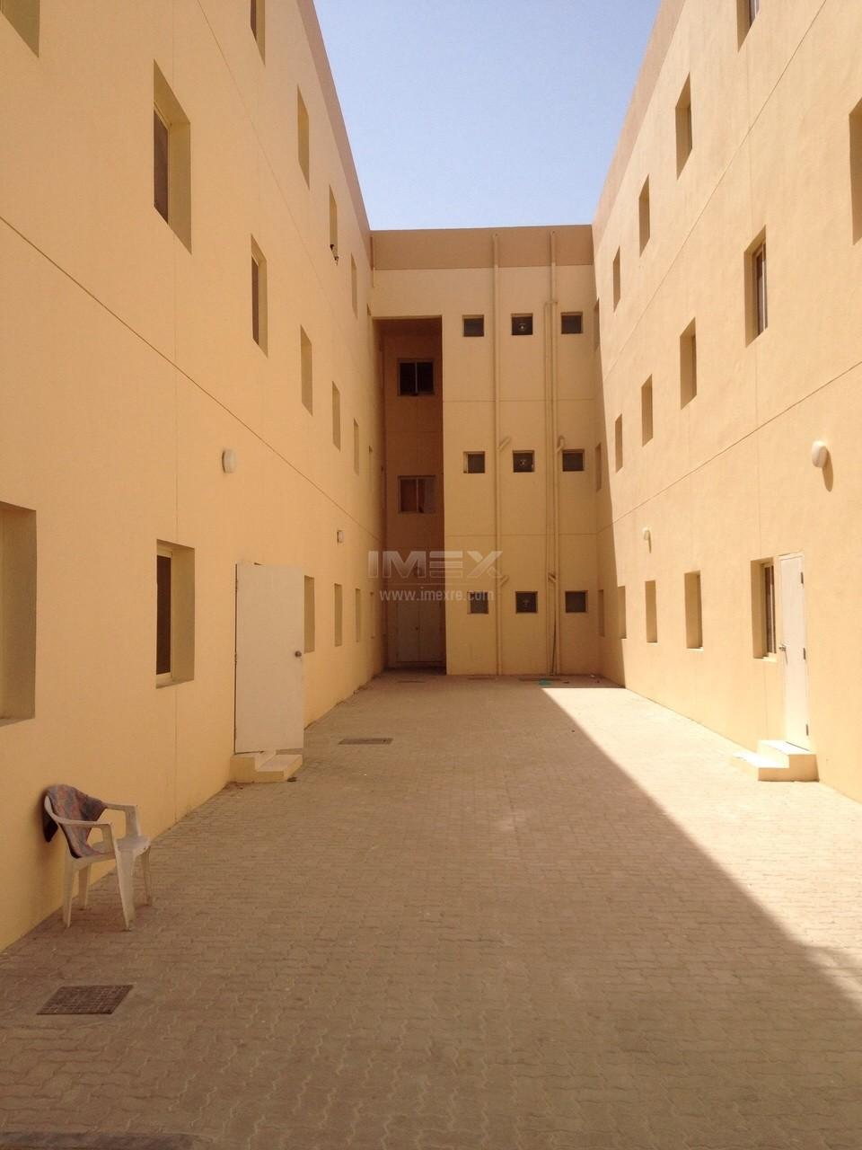23-rooms-block-labour-camp-in-dip-1