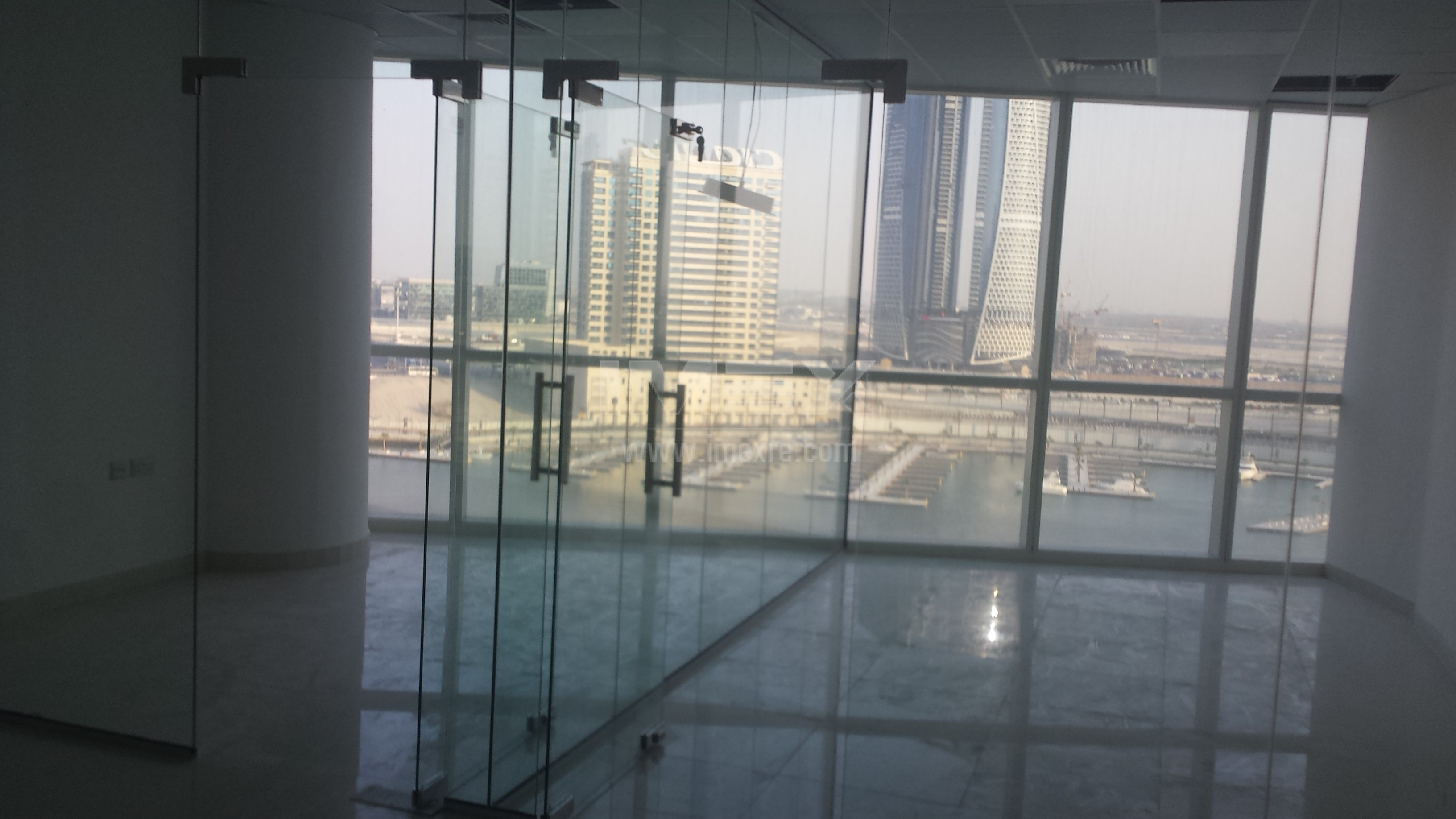 fully-fitted-canal-view-office-in-b2b-tower