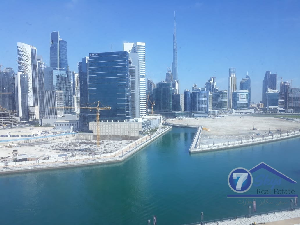 office-for-sale-with-lake-and-burj-view