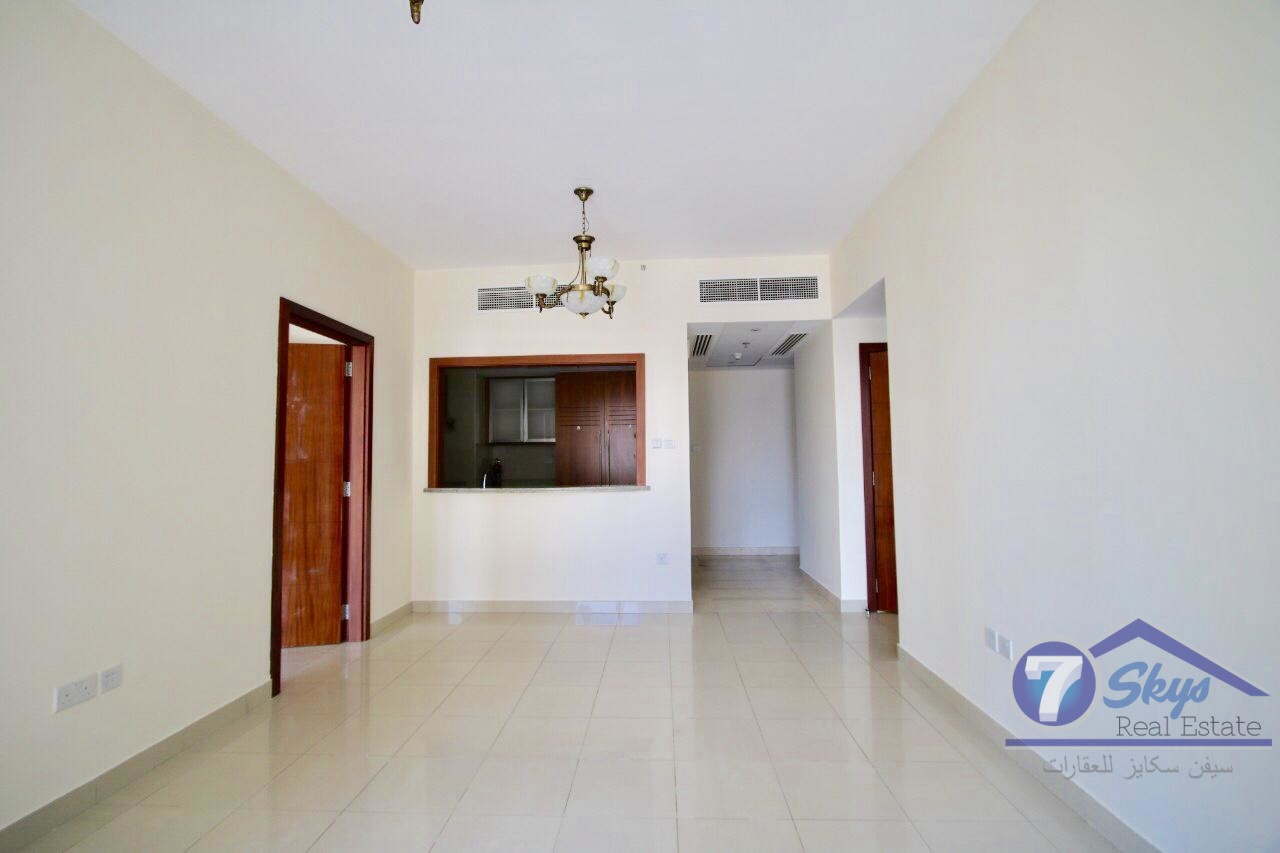 2-bed-room-unfurnished-pool-opera-view