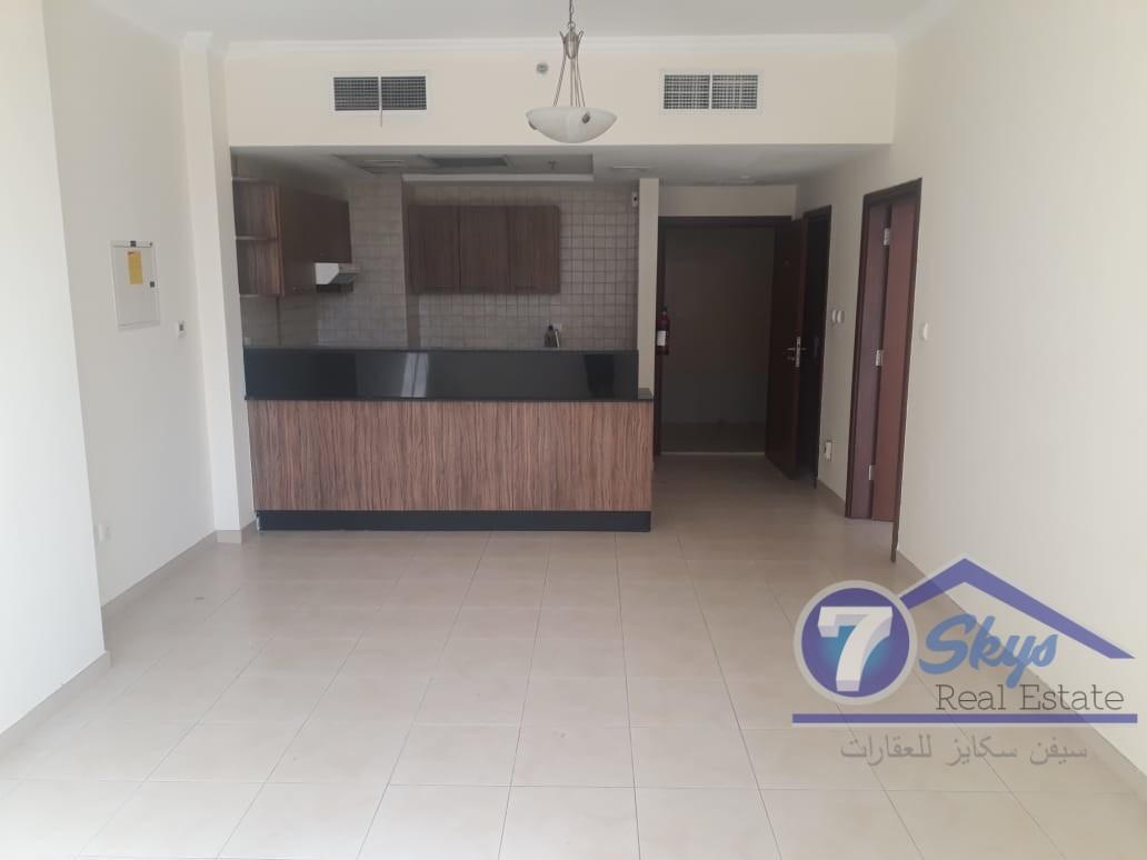 one-bed-room-for-rent-in-burj-al-nujoom
