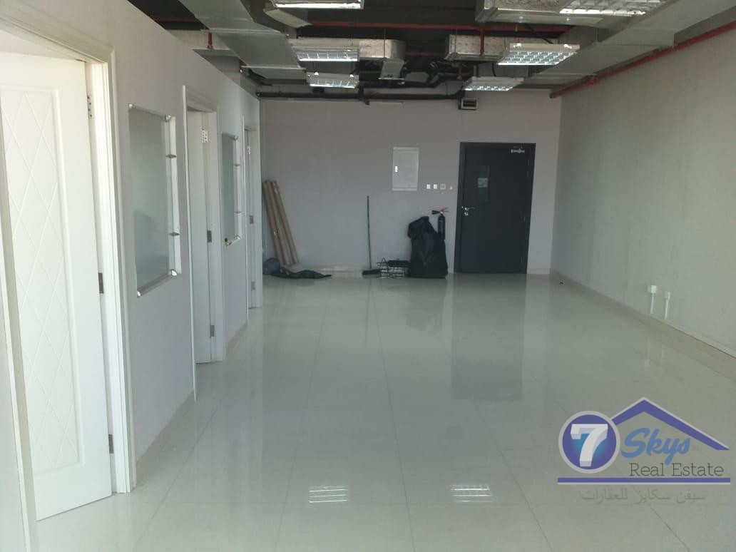 for-sale-fitted-and-vacant-office-w-pantrywashroom