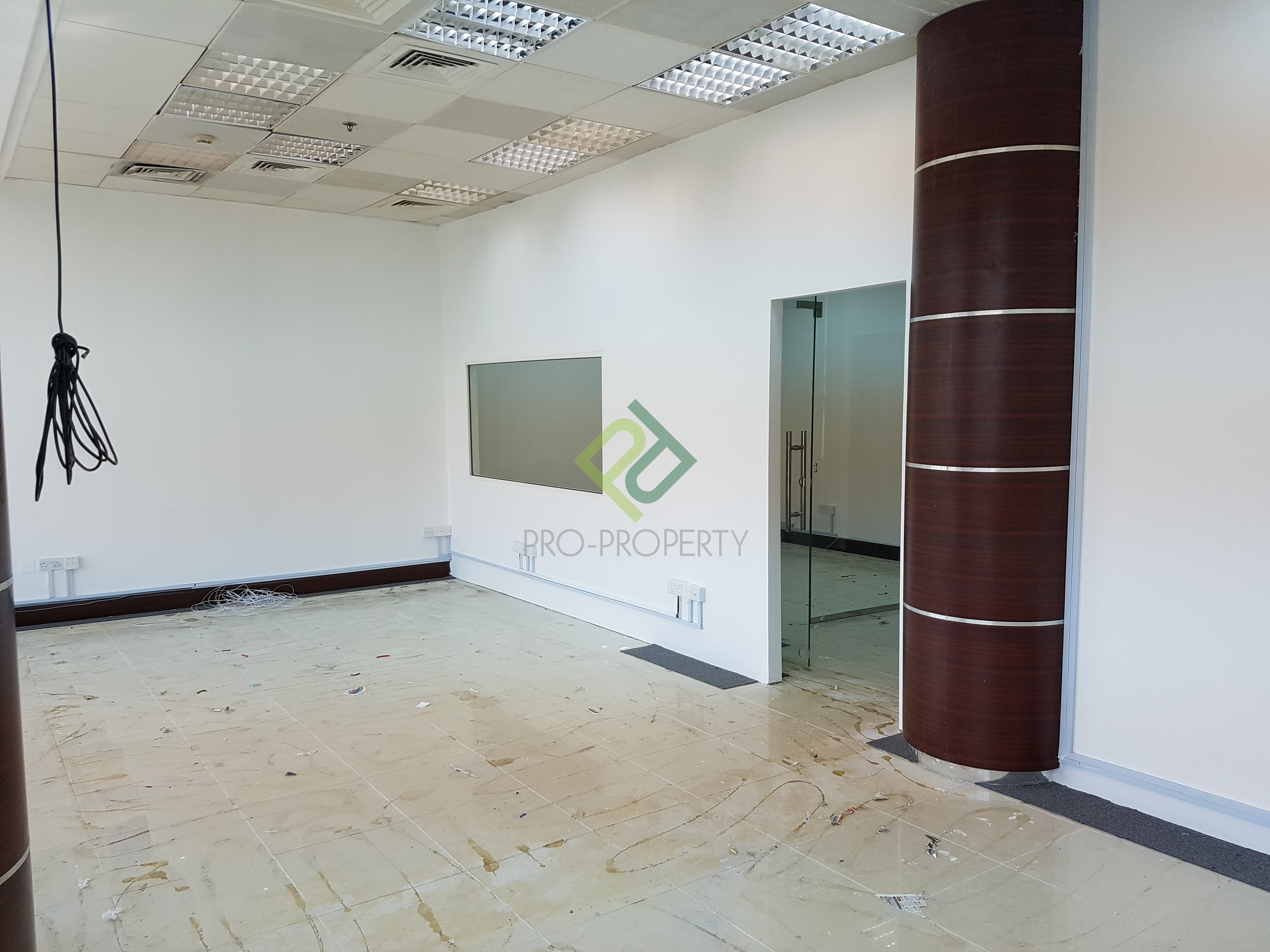120 SQM Office in Bank Street For Rent