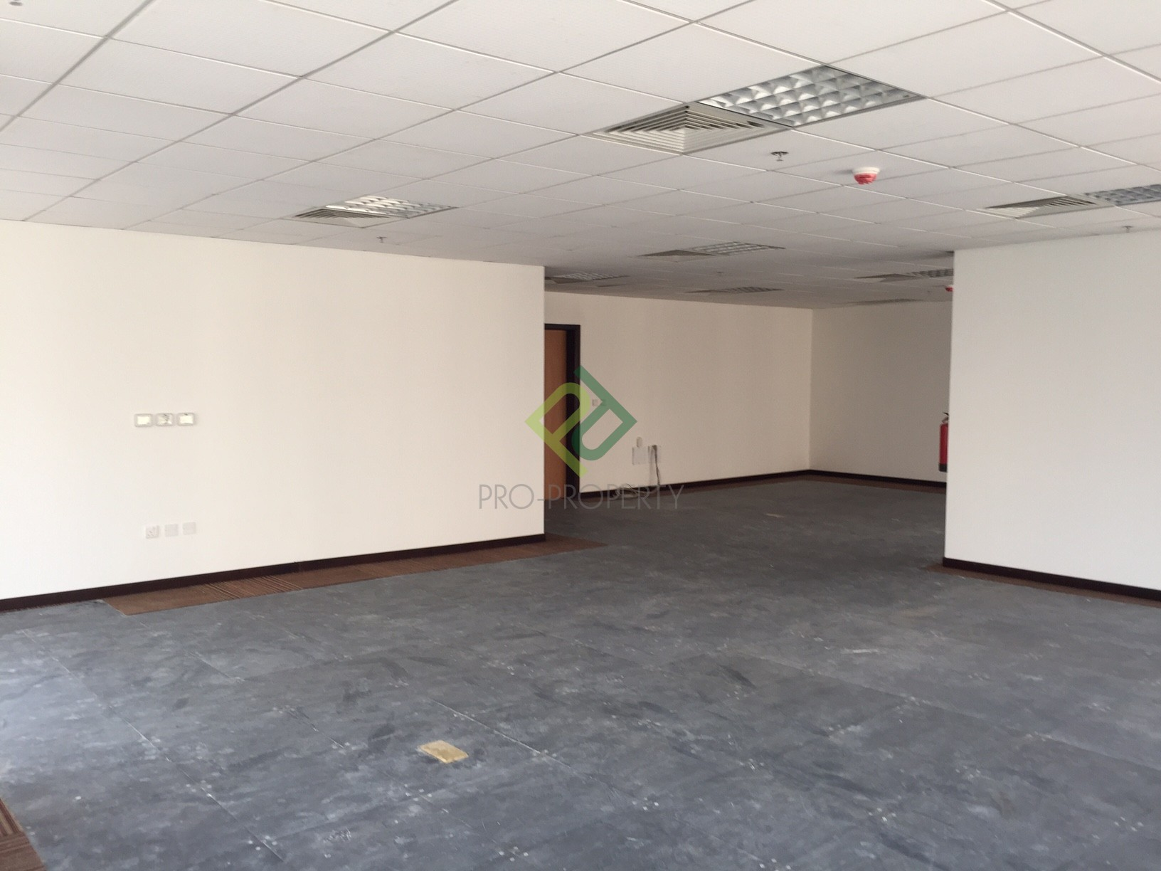 245 SQM Office available in Bin Mahmoud
