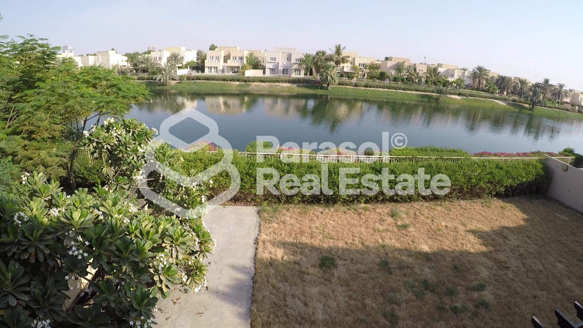 full-lake-view-e2-villa-in-meadows