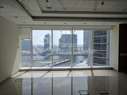 full-lake-view-fitted-amazing-office